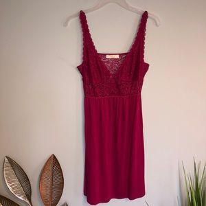 Triumph Dark Pink Lounge Wear Nightdress